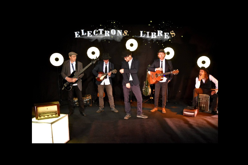 Electrons Libres : Affiche | Info-Groupe