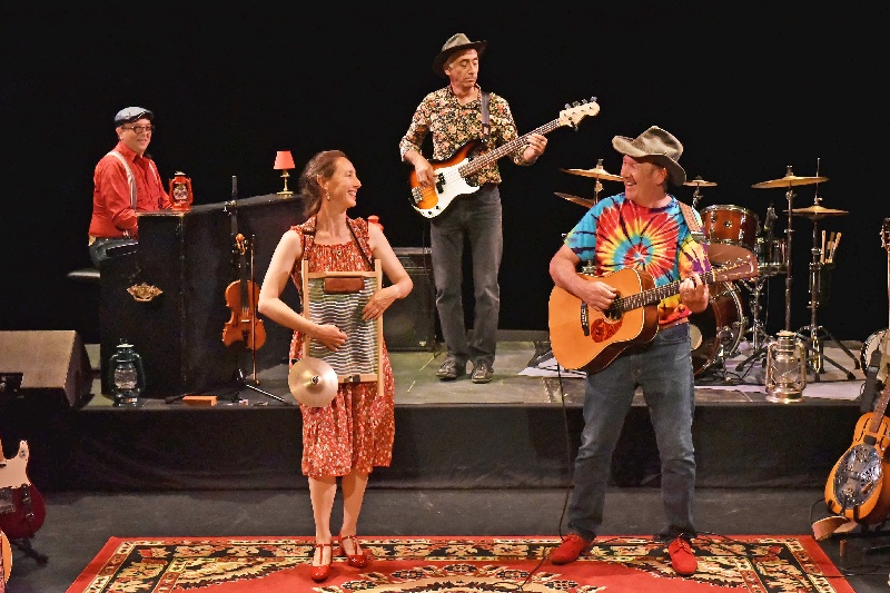 Mary-Lou : Illustration Honky Tonk train (album Courrier Transatlantiqu | Info-Groupe